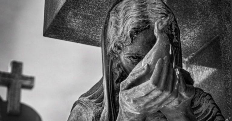 Memento mori: la muerte en la tierra